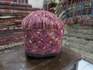Very old Tourkmen hat silk price:POR