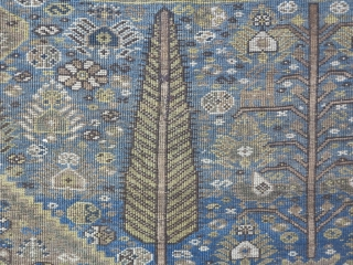 A beautiful Qhashqhai with great design wool on wool age: about 120 years old size: 200 x 141 cm price: SOLD