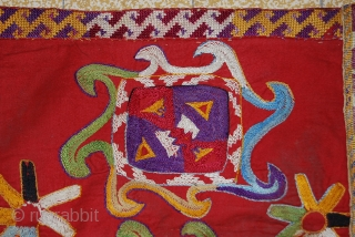 a fabulous lakai from uzbekistan. the size is 36 x 31 cm.