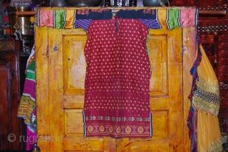 a fabulous swati dress from Pakistan for young girls.