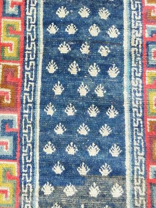 Tibet. Size:160 x 67 cm Condition: Good Condition.