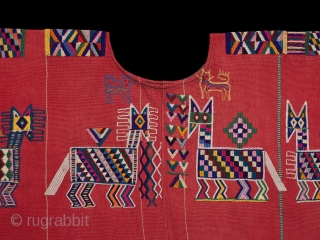 Huipil (blouse),