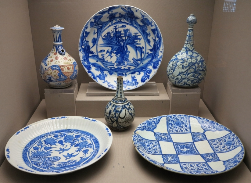 Qajar Persian Ceramics, Benaki Museum of Islamic Art