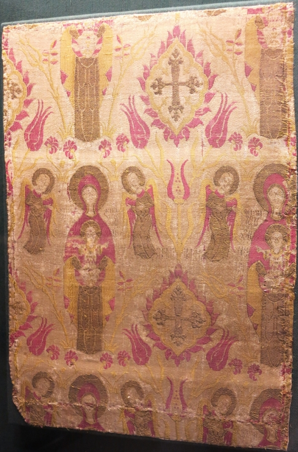 Ottoman silk with Christian imagery, Bursa or Constantinople, 17th century, Benaki Museum