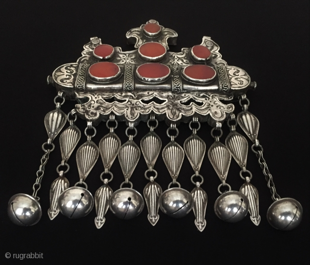 Central-Asia Ethnic Karakalpak tribal Turkmen silver necklace - tumar with cornalian Excellent and Great condition ! Circa - 1900 or earlier cleaned with silver polished Size - Height : 18.5 cm -  ...