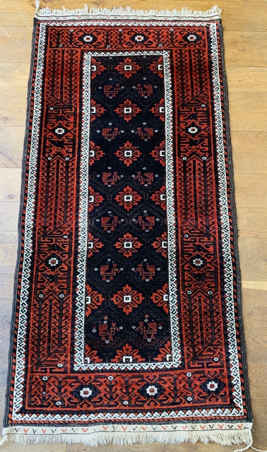 Nice antique Baluch rug with birds fresh in  Excellent condition with original kelim finishes and selvedges. Good colours needs a surface clean only Ca 1900 size 188 x 90 cm