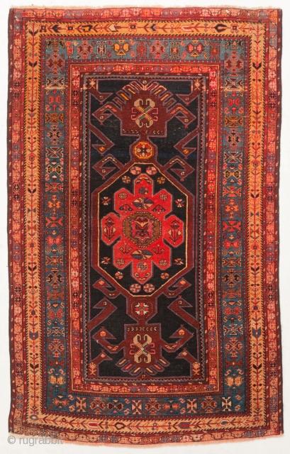 Fine and original Caucasian SHIRVAN rug, (Caucasus)  Good condition   5.9' x 3.7'  (180 x 115 cm)
