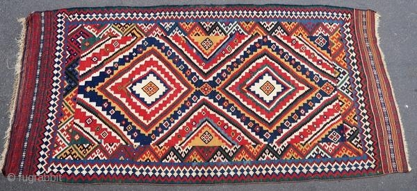 Beautiful Ghashghai kilim, 1900 or before.