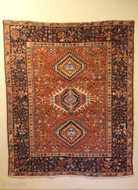 Karaja 154 x 186 cm, Finely woven with natural dyes and lovely design