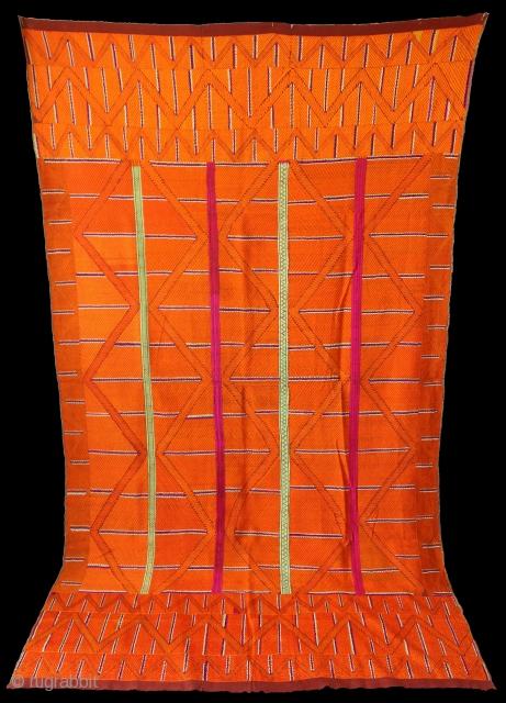 Phulkari From East (Punjab) India Called As Bijli Bagh. Very Rare Pattern.Floss Silk on Hand Spun Cotton khaddar Cloth.Mind Condition.(DSE02760).