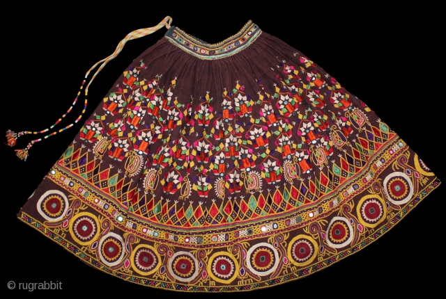 Bhansali Wedding Ghaghra (Skirt) Silk Embroidery with Mirrorwork,from Kutch Gujarat India.Its size is 83cm X 300cm.(DSL02770).