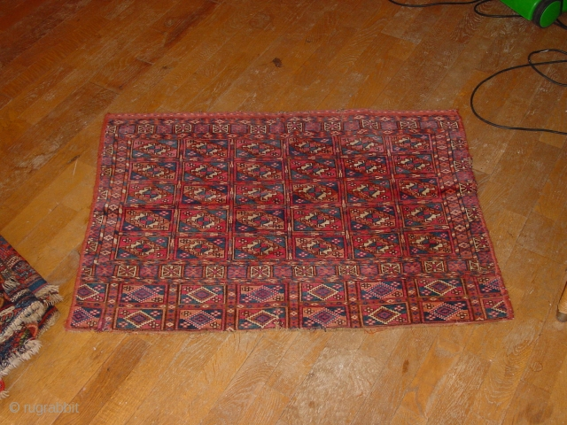 wonderful!, small tear, and some small wear, sides cut and secured, fabulous wool quality, great natural colors  77x106cm  2.6x3.5ft