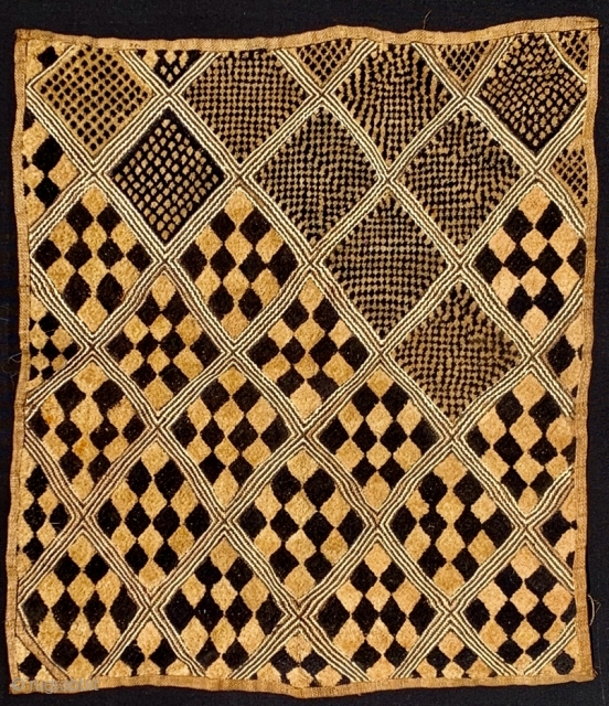 Good old Kuba cloth mid 20 c or before Refined well drawn pattern nicely made finer than average 70x61cm good and clean condition