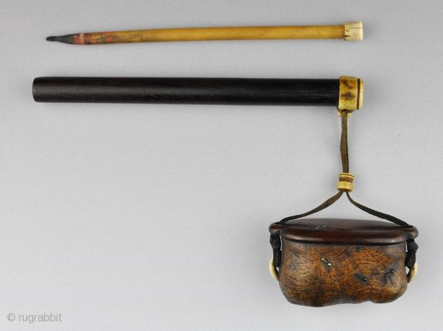 A Japanese inkwell and brush holder (yatate) in wood and staghorn. The brush holder is made of Malaysian hardwood (tagayasan) with the opening rimmed in horn. 
