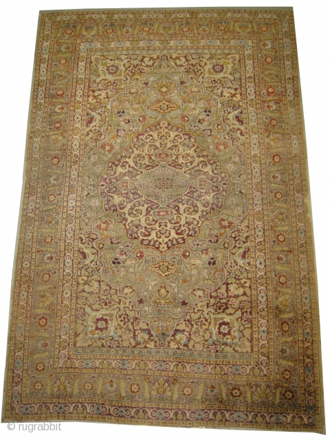 Sivaz Turkish, circa 1910 antique, collectors item, Size: 120 x 178 cm, Carpet ID: ES-4 The knots, the warp and the weft threads are hand spun 100% silk. The shirazi borders are woven  ...