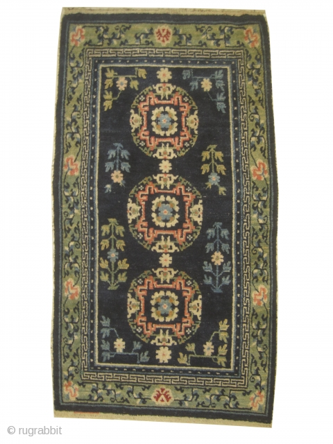 Chinese, knotted circa in 1900, antique, 73 x 135 cm, carpet ID: SRO-3 