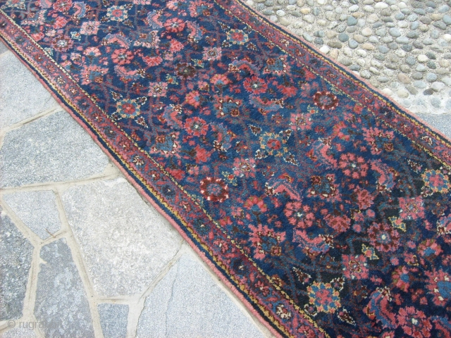 6,33 x 0,81 m  Antique runner knotted in Kordestan _BIDJAR Very good condition = FULL PILE = No restors. Runner antique with wonderfull wool and natural dyes. Other info or photos on request.  REGARDS from COMO  ...