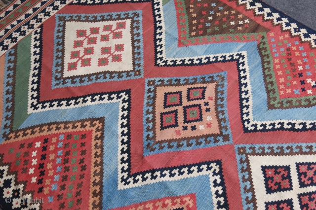 """Qashkai large tribal antique kilim with natural colors and great condition. Size: 98"""" X 58"""" -- 248 cm X 148 cm"""