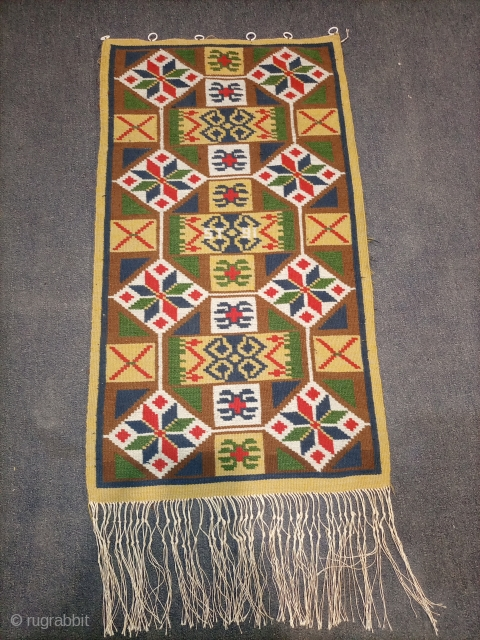 Swedish scandinavian kilim.size 76×43cm.Email for more info and pics.