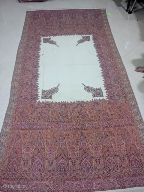 Beautiful antique kashmir shawl 18th century in excellent condition Very bright colours. it measures 320cm by 130 cm