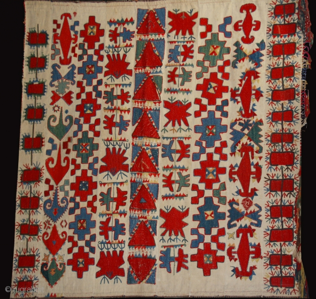 Uzbek embroidery cod. 0035. One of the items added on my new website www.nonplusultra.com.