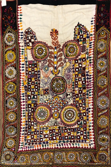 Vintage Wall hanging from Kutchi Rabari tribe from bhujodi village Kutch region Gujrat India with very fine embroidery with small fine mirrors the size of this wall hanging is 132 cm X  ...