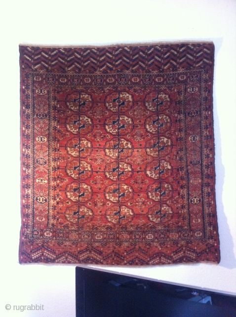 An old Tekke rug with 131/117 cm. Good shape with few not wild spot demages.