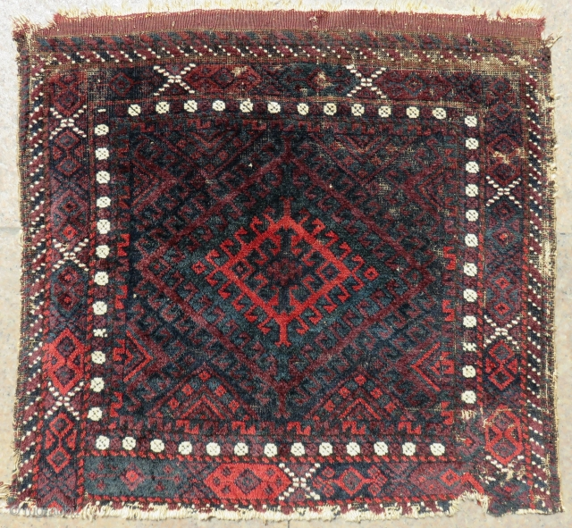 Antique Baluch Bag face size.68x60 Cm