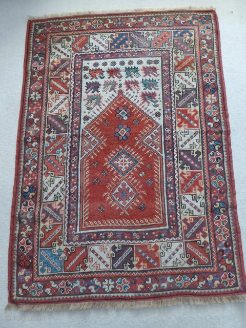 1478 Antique Meles Prayer rug, before 1850. 4'2 3'0 - 128 x 92.