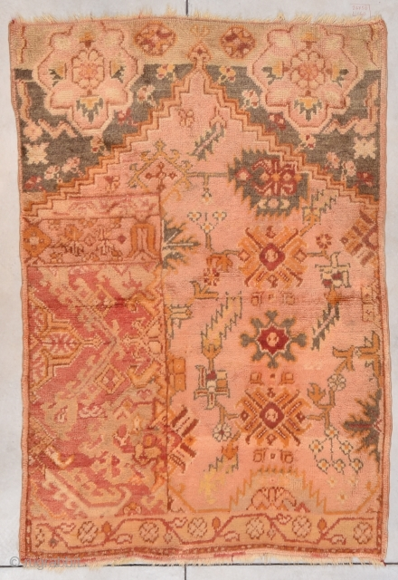 #7765 Oushak Weigerah   The rug is clean and ready to go. The buyer pays the shipping including insurance. http://www.antiqueorientalrugs.com/turkish2.htm