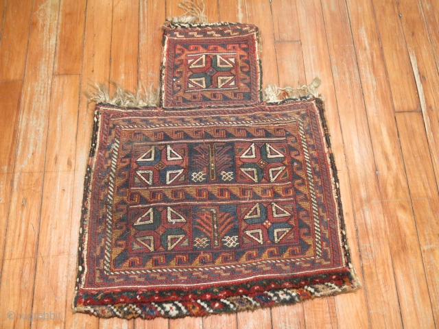 Antique Luri Bakhtiari Soumac Salt bag.  Measure 1'6''x1'10''.  Top width is 8''.  Seems like its in excellent condition.