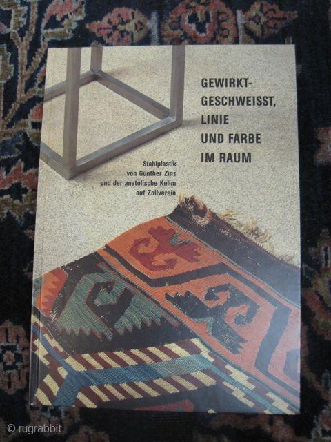 Gewirkt, Geschweisst, Linie und Farbe im Raum. Essen. 2001.
