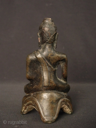 Thai Buddha circa 16th/17th century, Ayutthaya period- the head is damaged with some restoration.. H: 10.2cm/4in and W: 5.7cm/2.2in  http://www.trocadero.com/stores/abhayaasianart/items/1340211/item1340211store.html