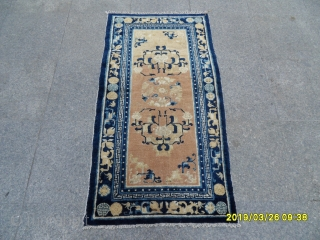 Nice antique Ningxia Chinese rug with excellent wool and dyes. Size: (130x70 cm).