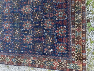 Gorgeous antique khamseh. Older than many. Super border and tight weave. Bit stiff so needs a wash. 197 by 140 cm
