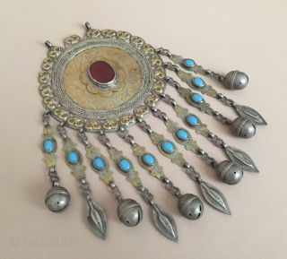 Central-Asia Turkmen ethnic tribal silver necklace-pendant gold washed with cornalian-agate and turquoise Fine condition ! Circa-1920-30 Size - Height : 21 cm - Width : 11.5 cm - Weight : 199 gr  ...
