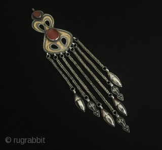 Central-Asia Turkmen iskendery-design a beautifull ethnic tribal silver pendant gilded with cornalian Great condition ! Circa-1900 Size - Height : 21.5 cm - Width : 4.5 cm - Weight : 49 gr  ...