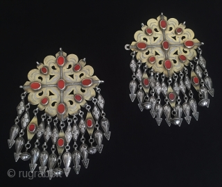 Central-Asia A pair of Turkmen/Turkoman ethnic vintage tribal silver (donbaghcık) gold washed with cornalian traditional jewelry-jewellery Best condition ! Circa - 1900 Size - Height : 19.5 cm - Width : 13  ...