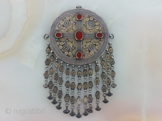 Centrial Asia Turkmenistan Tribal Yomud Silver Necklace, Fire gilded and table-cut carnelians stones, circa 1900-1920 weight : 284 gram Size : 24x14 cm