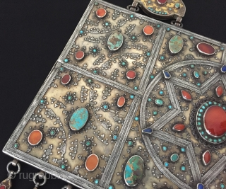 Central-Asia Rare ! A museum from Kazakystan ethnic traditional silver collector piece. original tribal Kazakystan jewelry/jewellery very fine handcrafted gilded with cornalian and turquoise This is collection piece. Great and Excellent condition  ...