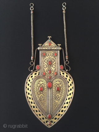 Central-Asia Antique Turkmen A beautifull very fine handcrafted ethnic traditional silver necklace (Asyk) fine gilded with old cornalian open work talismanic design original tribal turkmen jewelry This is a collection piece. Excellent  ...
