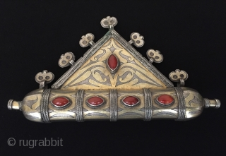Central-Asia Tekke - Turkmen / Turkoman ethnic tribal silver tumar - pendant fire gilded with cornalian traditional amulet pendant Excellent condition ! Circa - 1900 Size - Height : 10 cm -  ...