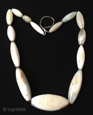 Rare A beautifull natural colors old white Suleymany large stone necklace