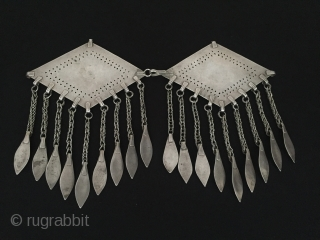 Central-Asia Turkmenistan-Tekke Antique Ethnic Tribal Silver Pair Donghbachyk with cornalian fire gilded very nice condition open work talishman design Circa-1900 Height :16 cm - Lenght : 23 cm - Weight : 130  ...
