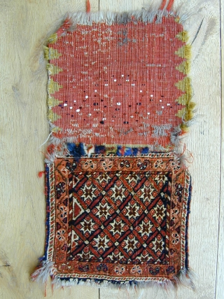 antique Qashqai chanteh bag complete with back late 19c size 28x28 cm(front).