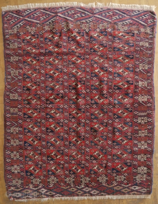 Tekke Boukhara Turkoman Turkmen aina gul rug tribal 19th century 4ft 3in x 3ft 4in (132x103cm) price  : 300 € + shipping from Paris
