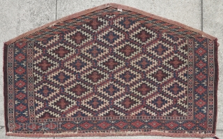Yomut Turkmen asmalyk. Not the typical rendering of the asmalyk design. Great condition.