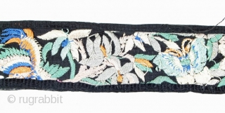 Embroidered Sari Border Surat, Gujarat, India, Pakistan 6 x 550 cm Second half 19th century Embroidery with coloured two-ply silk on black silk Good Condition   This kind of embroidery (chinai work) was made by Chinese settlers in  ...