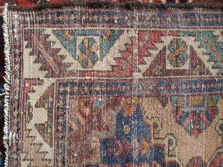 Nice c.1910 Tribal Bakhtiari - 4' 5'' x 6' 7'' - Captivating Design with Great Color - Minor Repair