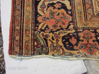 FEREGHAN FARAHAN SAROUK   8 FEET X 11 FEET  NICE OLD RUG THAT NEEDS SOME WORK  NOT DRY , AS FOUND , NO REPAIRS OR TINTING , DECENT PILE
